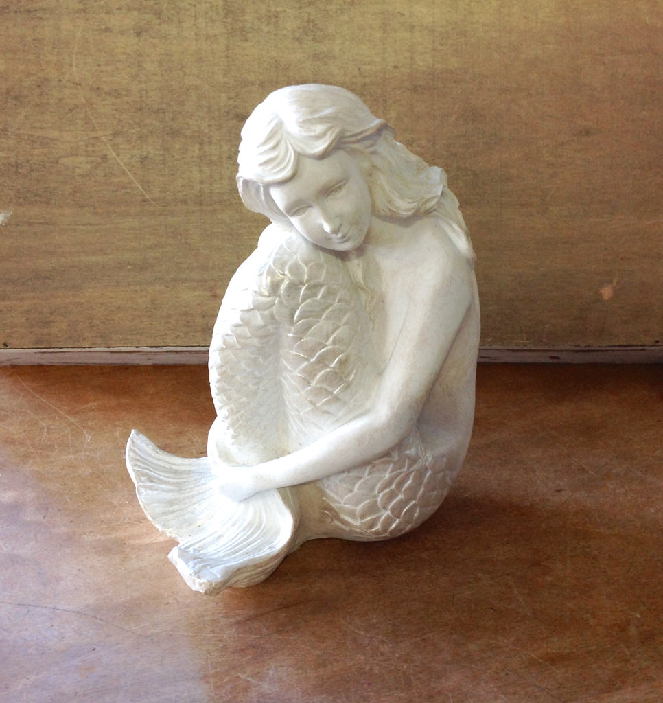 Dreaming Mermaid Statue
