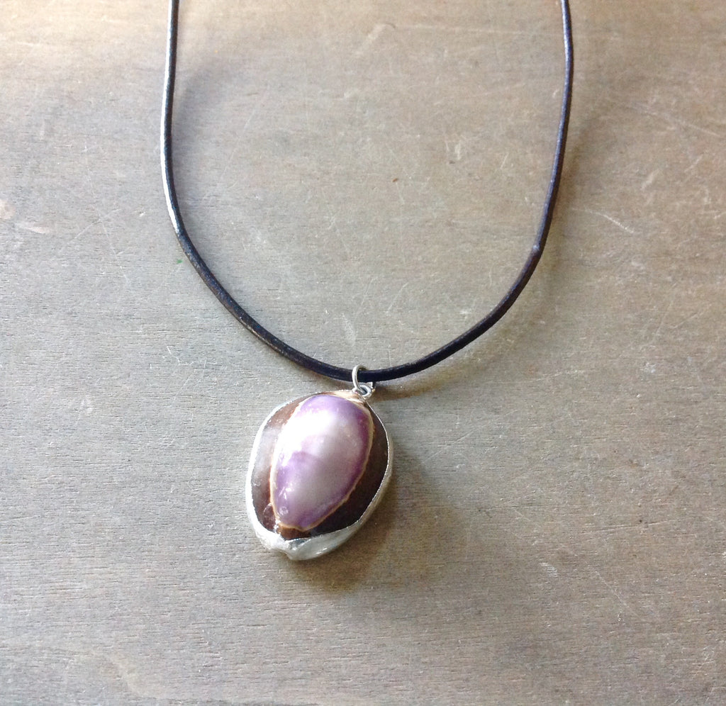 Simple Purple Cowrie Necklace