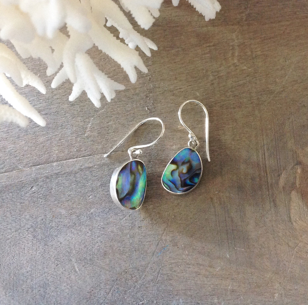 Pebble Shell Earrings