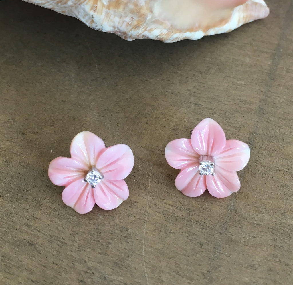Pink Conch Sparkle Flower Earrings
