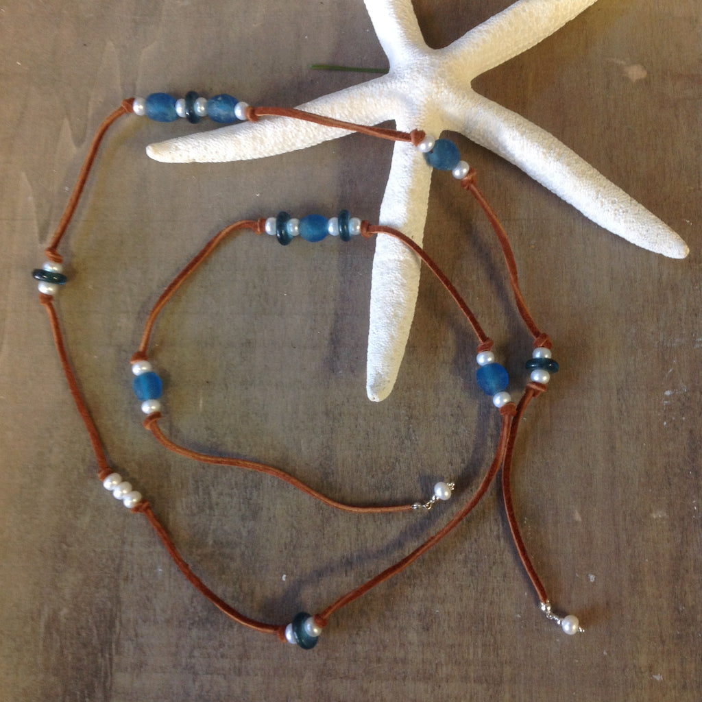 Seaglass & Pearls Leather Lariet
