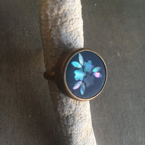 Vintage Flower Abalone Ring