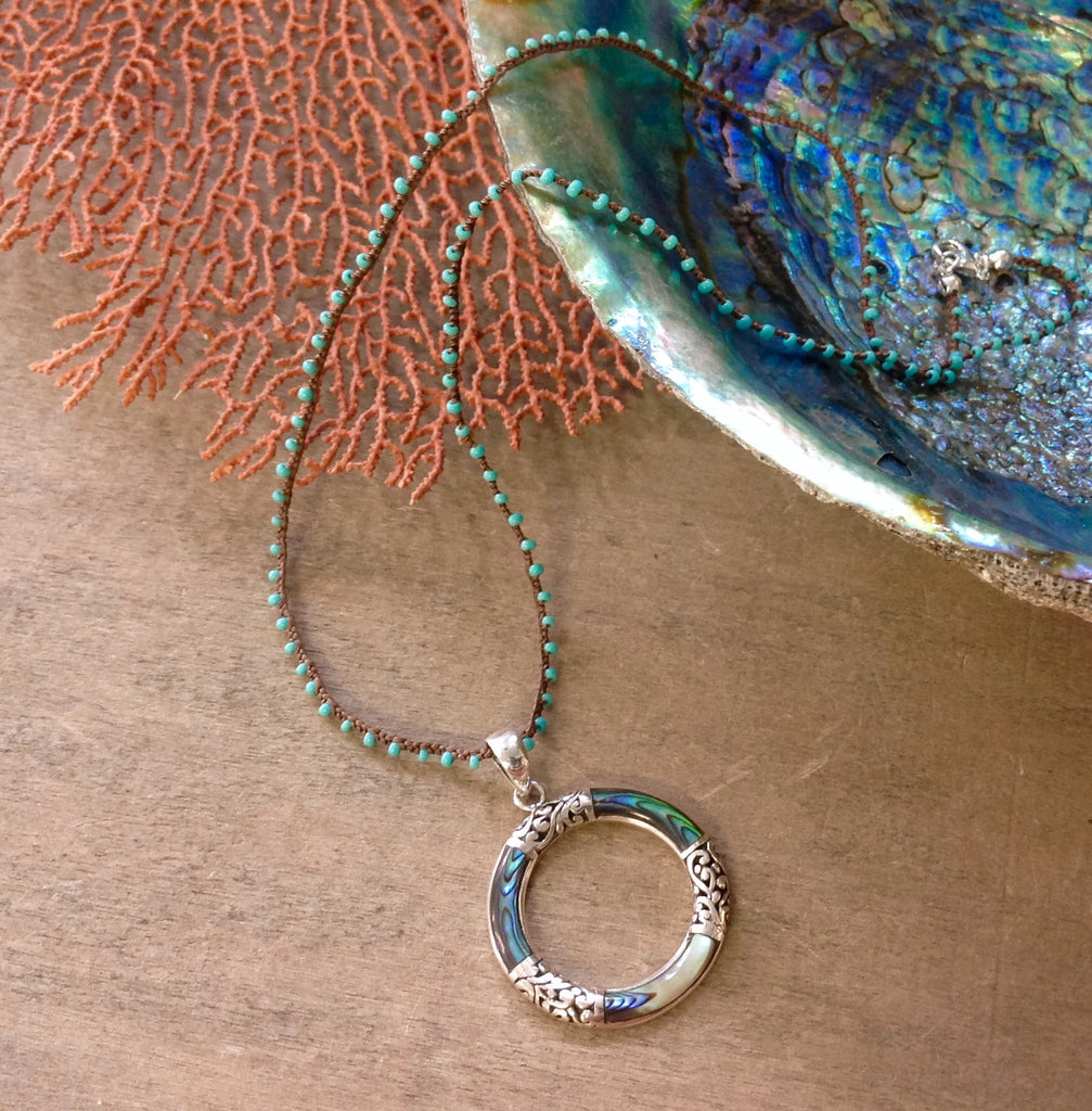 Ablalone Circle Pendant Necklace