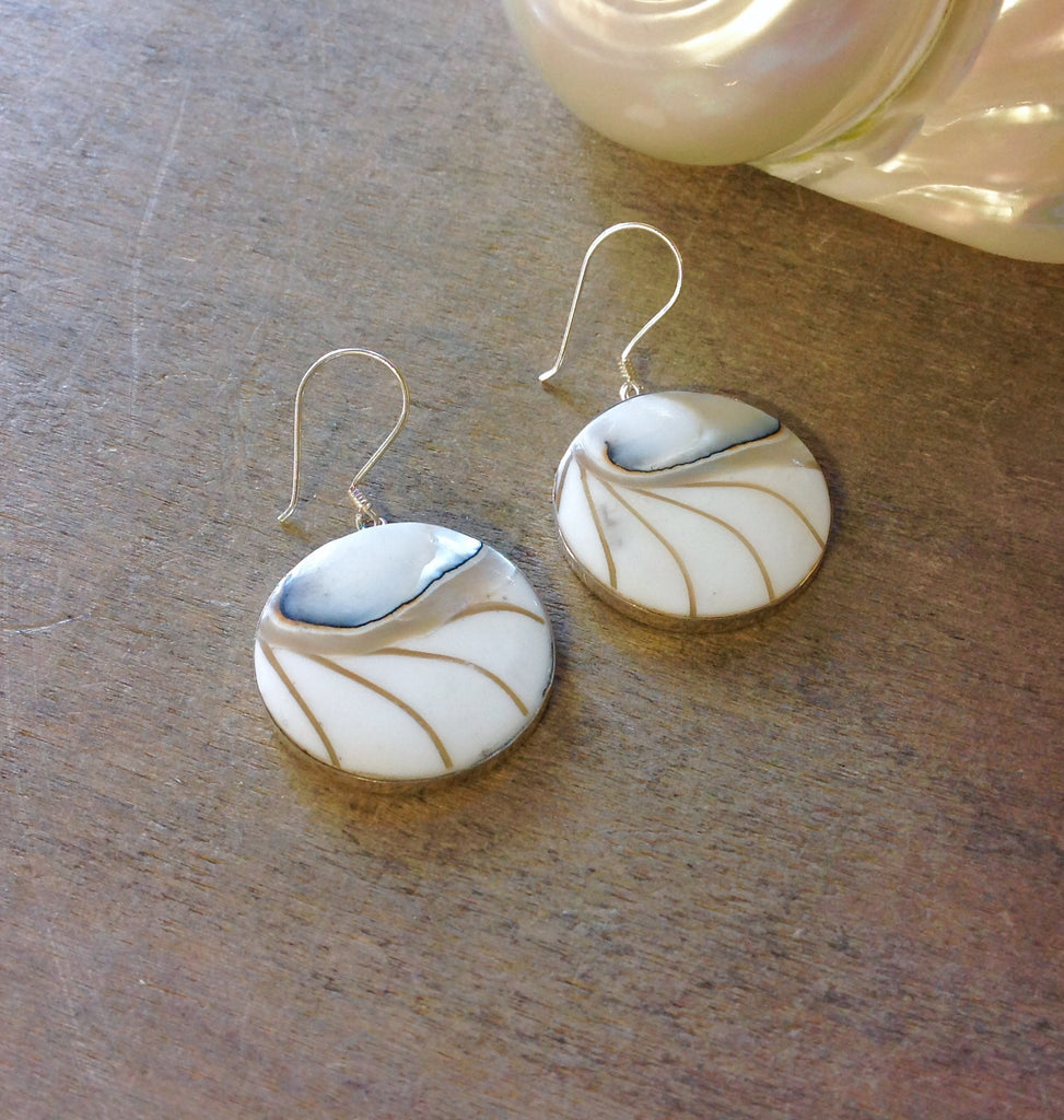 Eye Of Nautilus Circle Earrings
