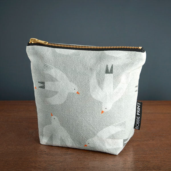Beachcomber Makeup Bag