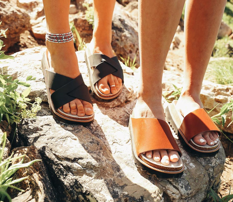 CHOOKA SUMMER SANDALS WHAT TO BUY MY FRIEND GIFT IDEAS