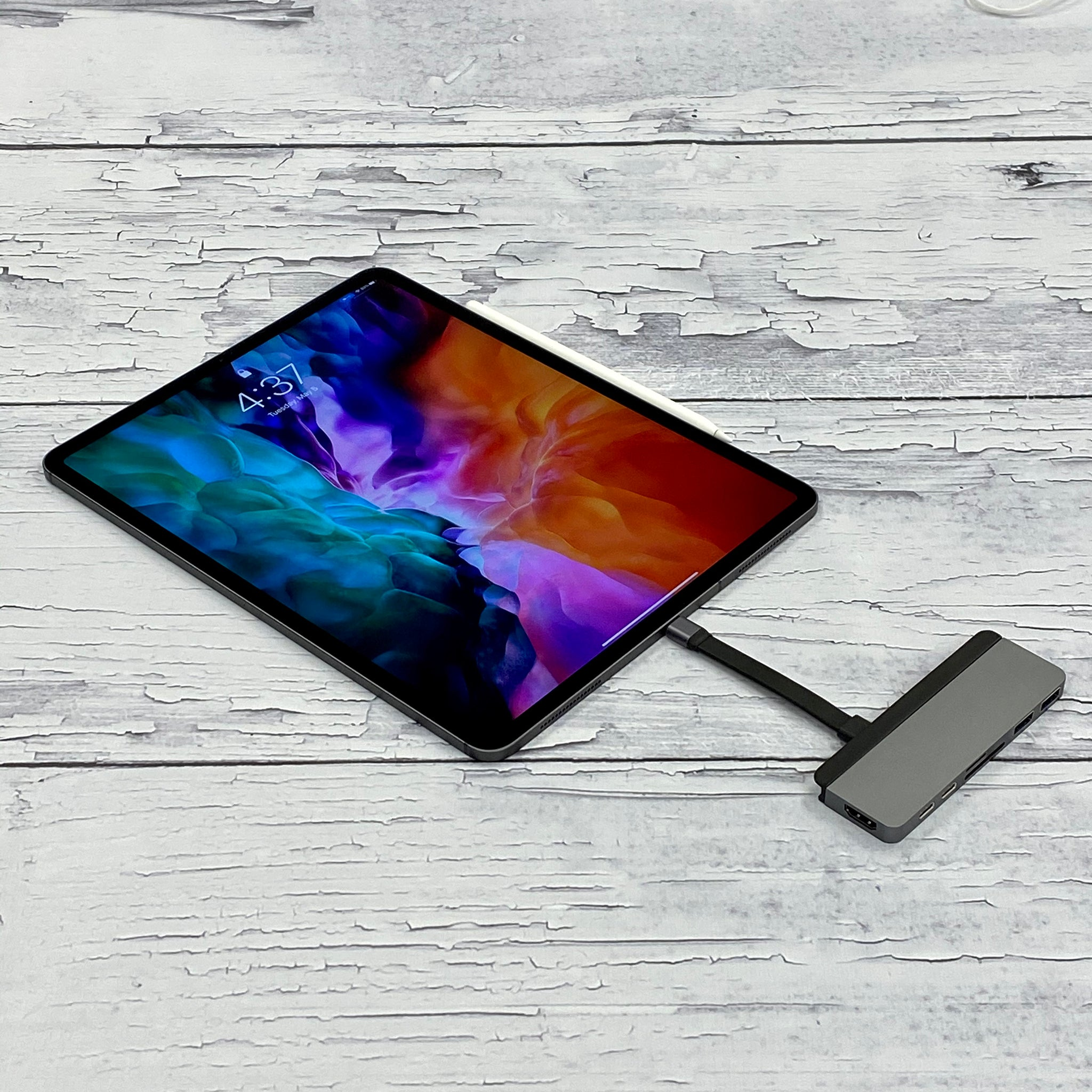 New 2020 HyperDrive DUO 7-in-2 USB-C Hub with iPad Pro