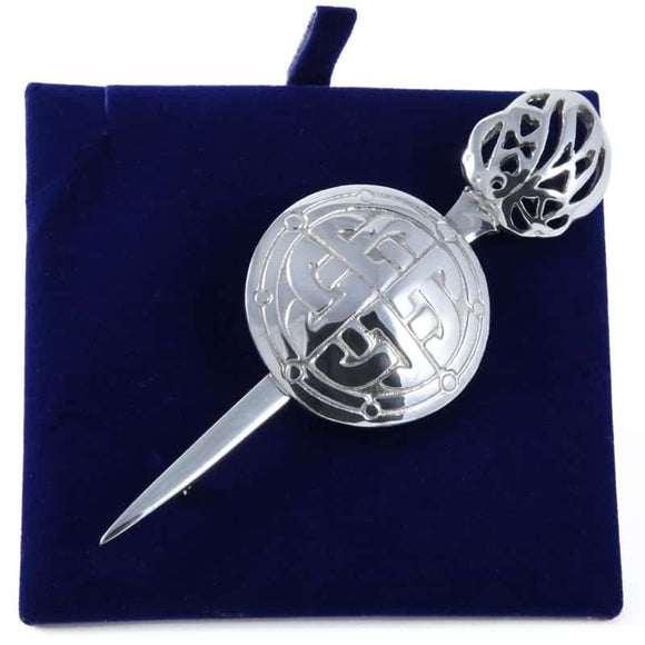 Lady Ann of Glencoe - Pin Collection - Kilt Pin Round Shield