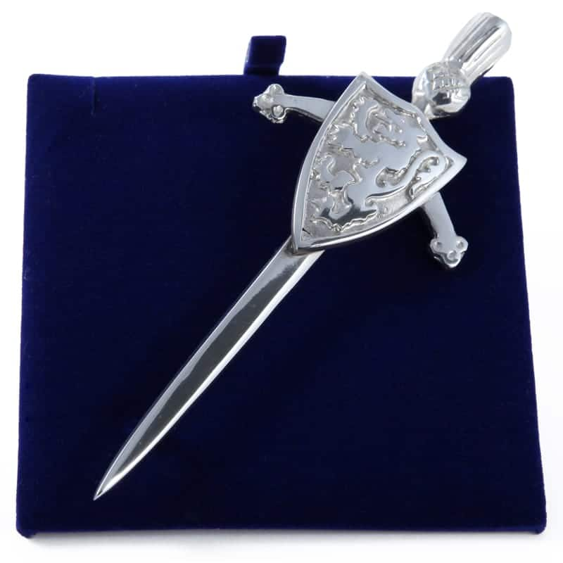 Lady Ann of Glencoe - Pin Collection - Kilt Pin Triangular Shield