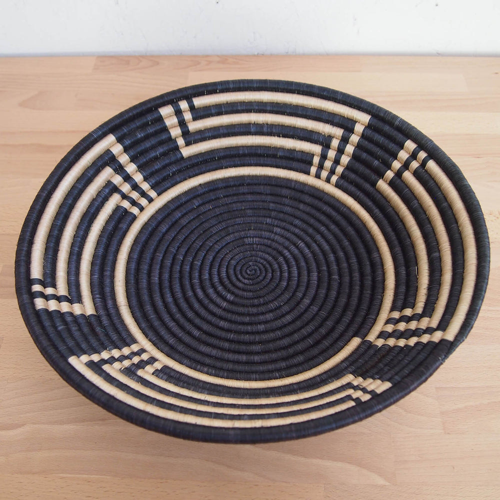 Hand Woven Musoma Basket - Black and Tan