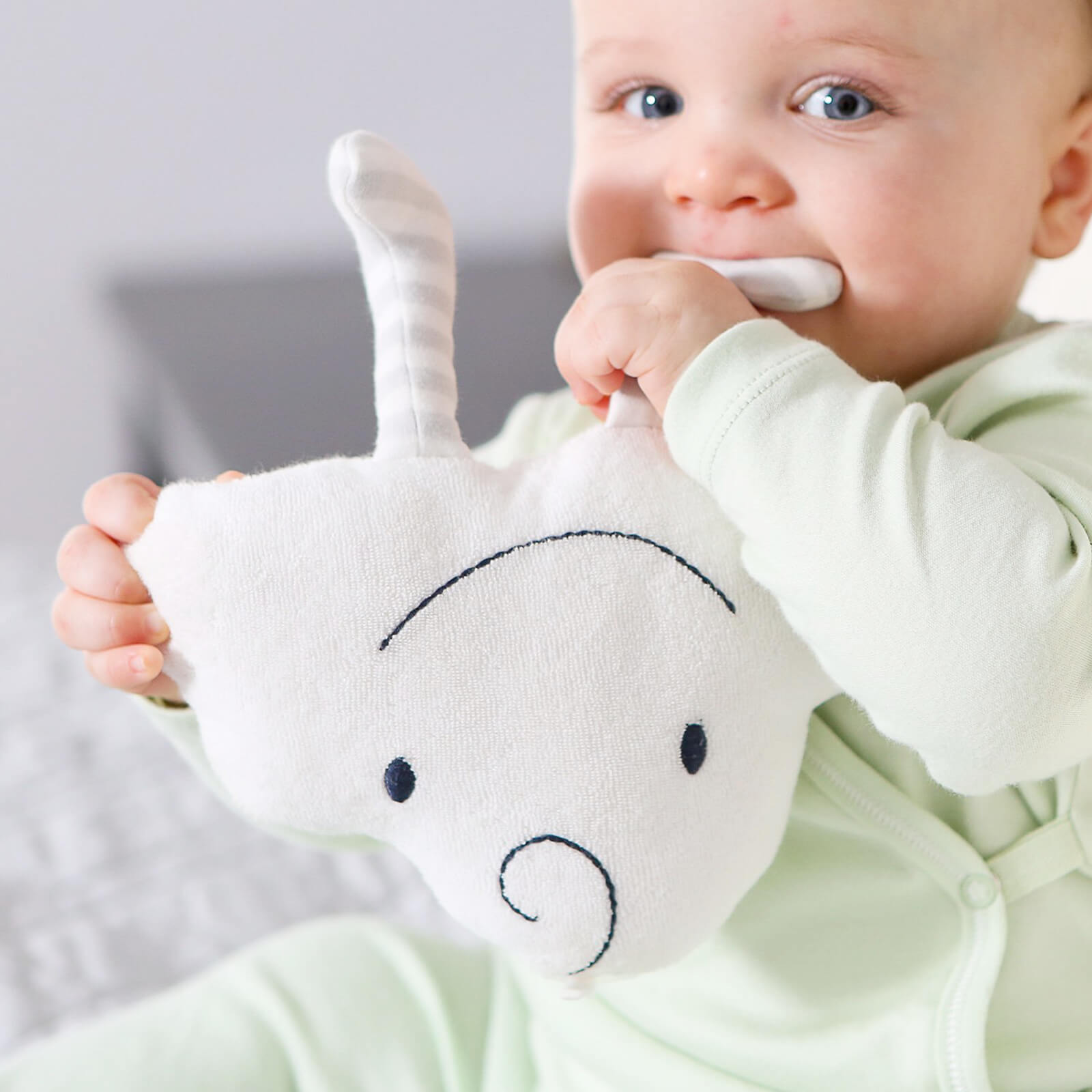 Organic Cotton Baby Toy - Happy the Cloud