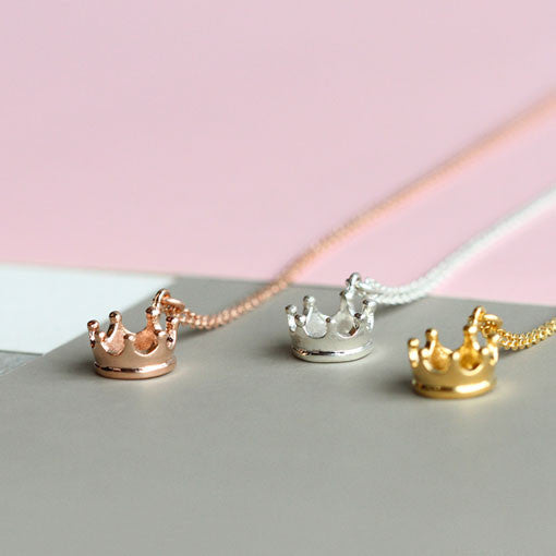 Collar Charm Crown