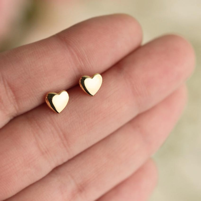 Aretes Heart Studs