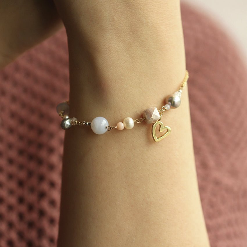 Brazalete Moonstone Heart