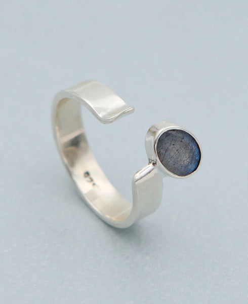 Sterling Silver and Labradorite Balance Ring