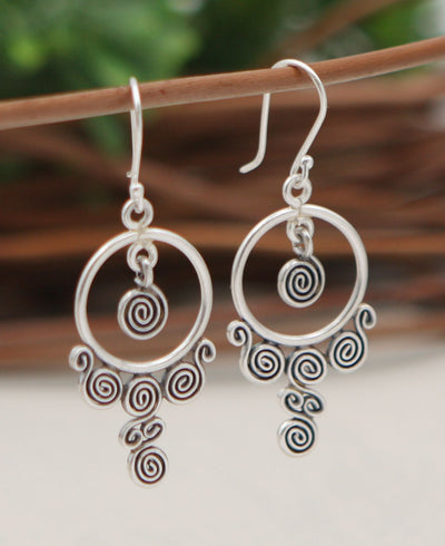 Trickling Circle Earrings