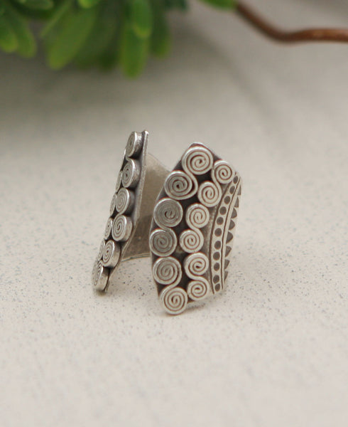 Flowing Currents Etched Hill Tribe Silver Ring
