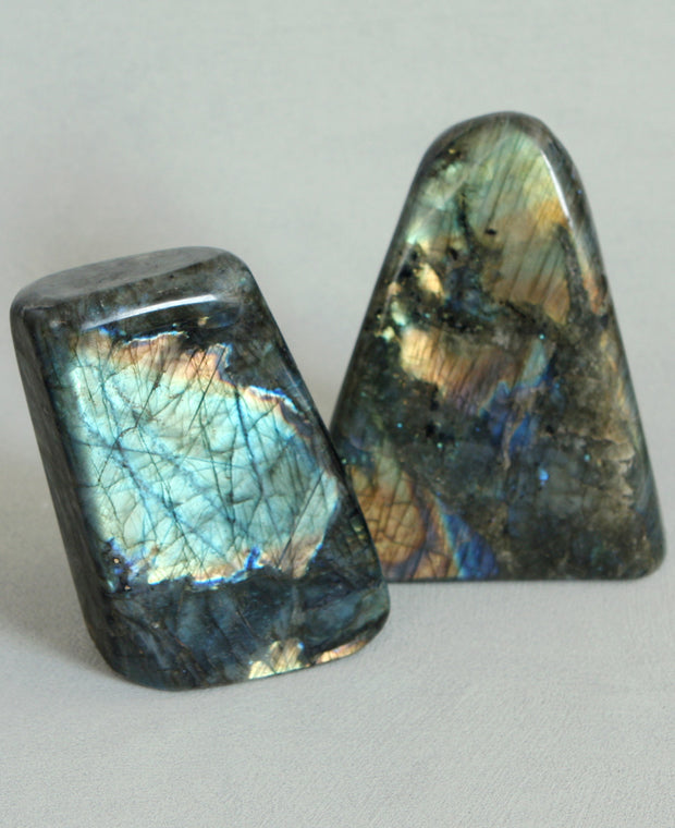 Labradorite Gemstone Rock