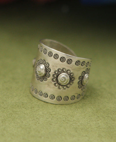Hill Tribe Silver Flower Medallion Ring