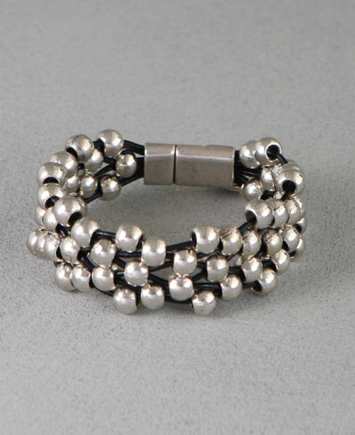 Silver_Bead_Leather_Bracelet