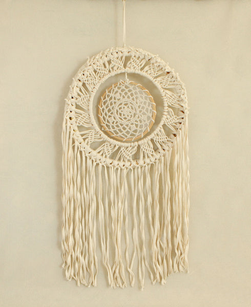 Macramé Spinning Dream Catcher, India