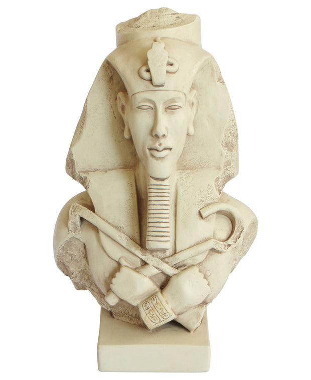 Statue of Egyptian King Akhenaton