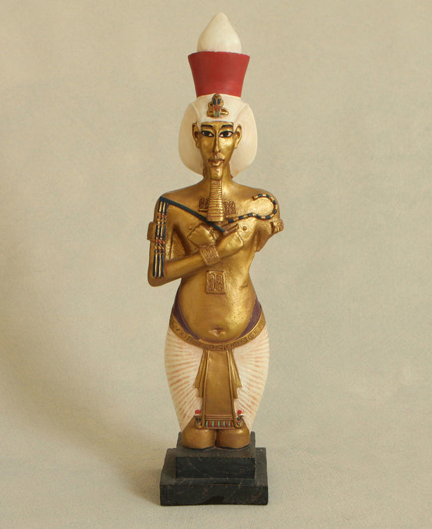Egyptian King Akenaton Statue