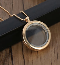 Load image into Gallery viewer, Rose Gold Living Memory Locket