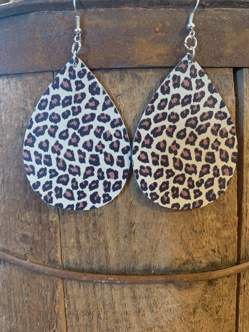 Large/Wide Earrings