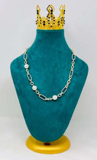 Pearl & Chain Linked Necklace