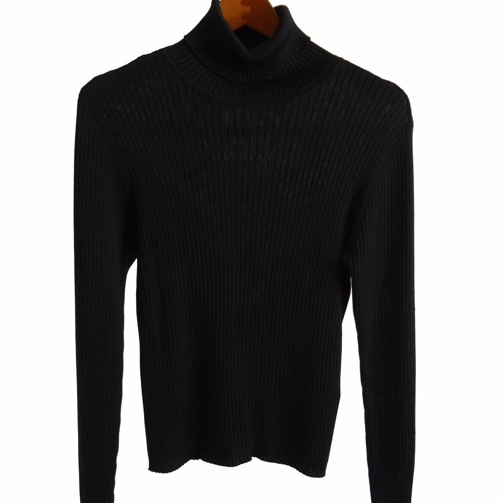 Chi-Wee's Treasure Preview Classic Silk and Wool Turtleneck Sweater: Size MP