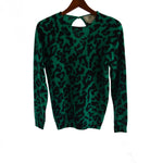 Chi-Wee's Treasure Anne Klein Knitwear Sweater: Size Medium