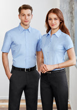 Load image into Gallery viewer, preston business cotton hospitality shirts blends polyester classic fit male long sleeve