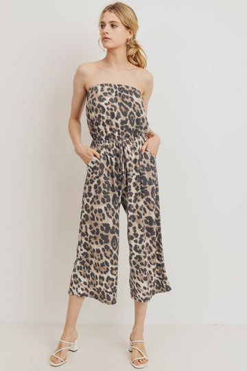 Our leopard strapless jumpsuit has a soft and breathable thermal fabric. Relaxed fit with pockets too! Elastic top and with a drawstring elastic waist. Poly/Rayon/Span blend.  Ships in 1 week.  being yourself is the key!