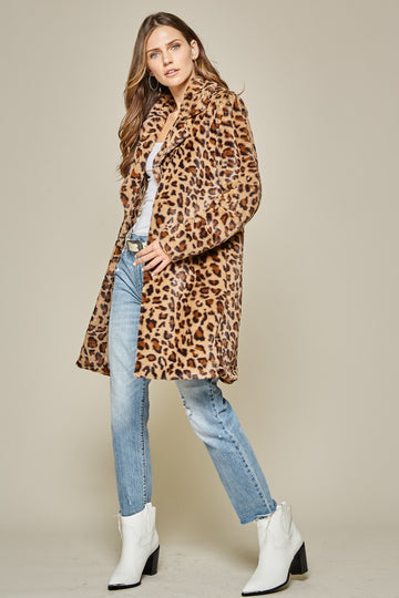 Chic & Sophisticated Leopard Jacket Up your Fall & Winter Style with this stunning relaxed fit leopard jacket. Longer length. Knit Soft Blend. Model is approx 5'9