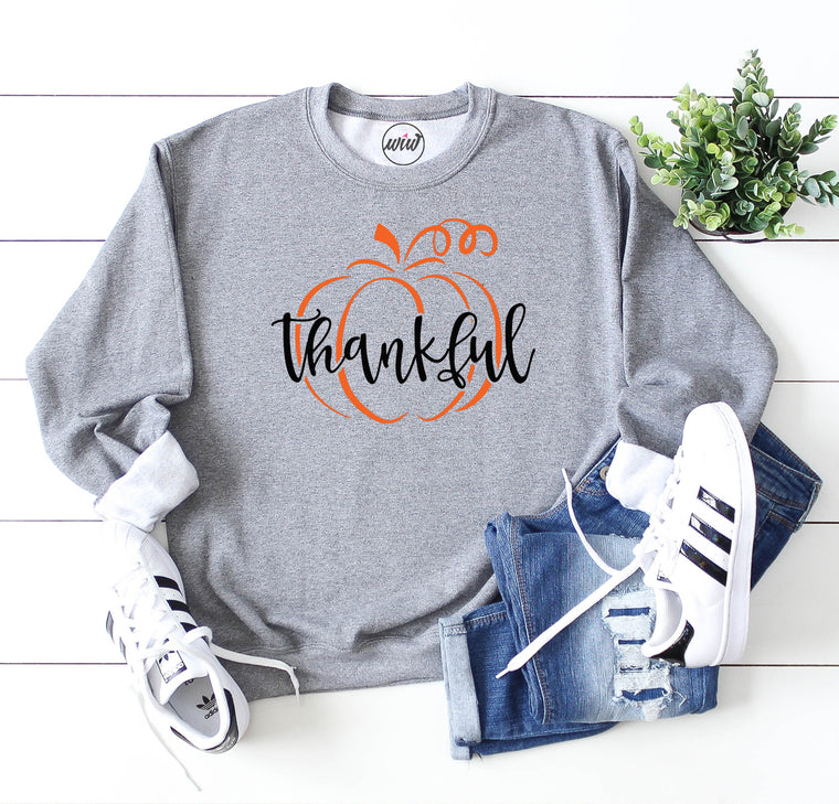 Thankful Oversized Sweatshirt. Thanksgiving Shirt. Thankful Grateful Blessed Sweatshirt. Pumpkin Fall Sweater. Thankful Shirt. Fall Shirt. Pumpkin Shirt.