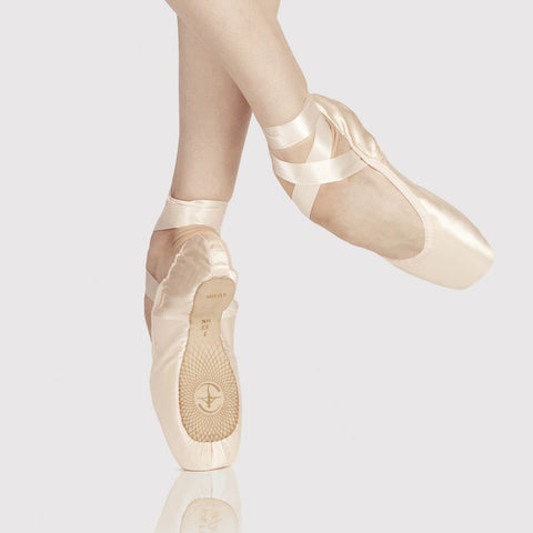 Wear Moi Alfa Pointe Shoe