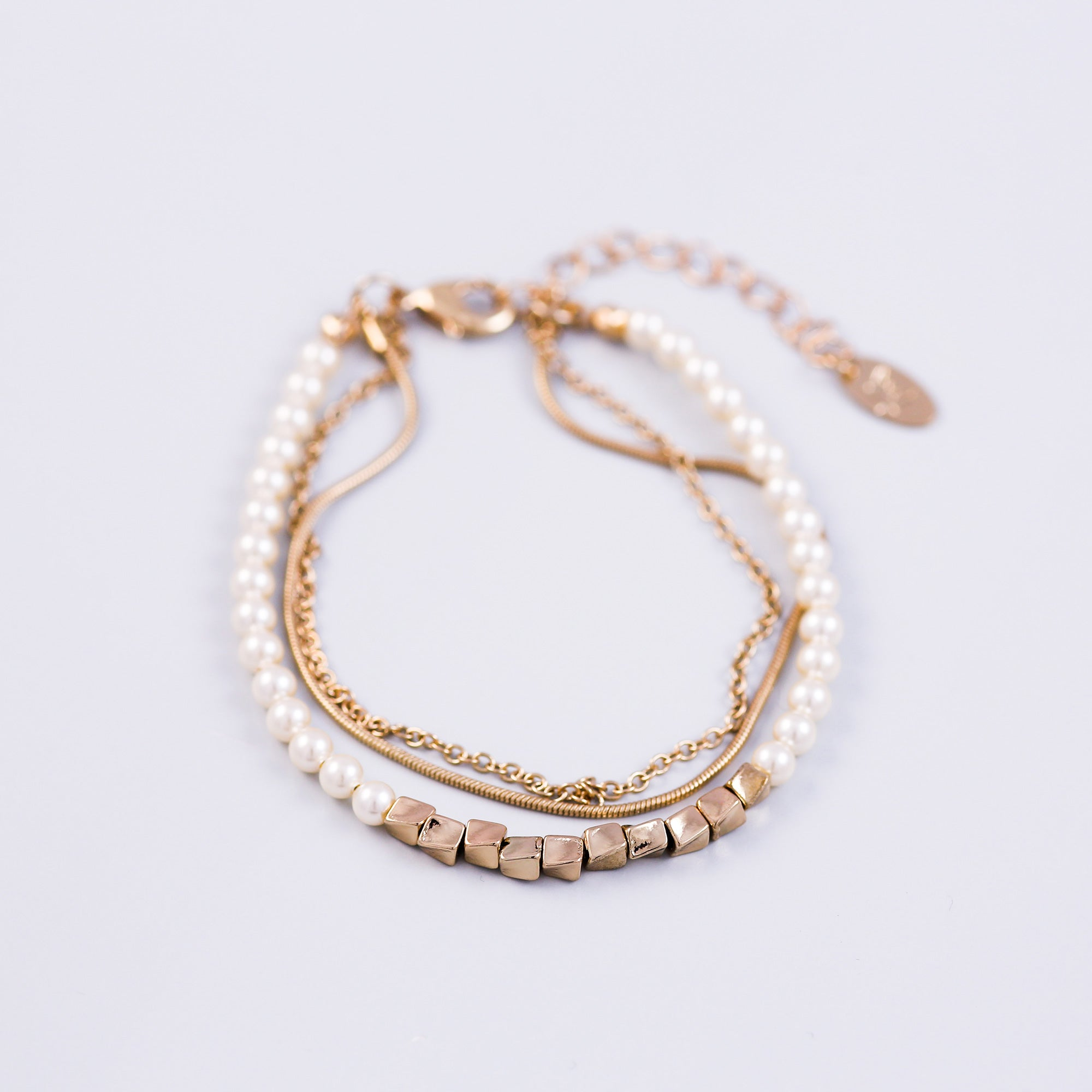 Three Chain Pearl Bracelet Gold & Cream