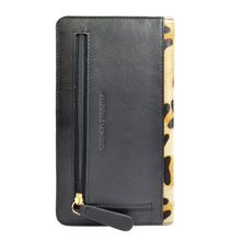 MOLLY Clutch Wallet - Animal