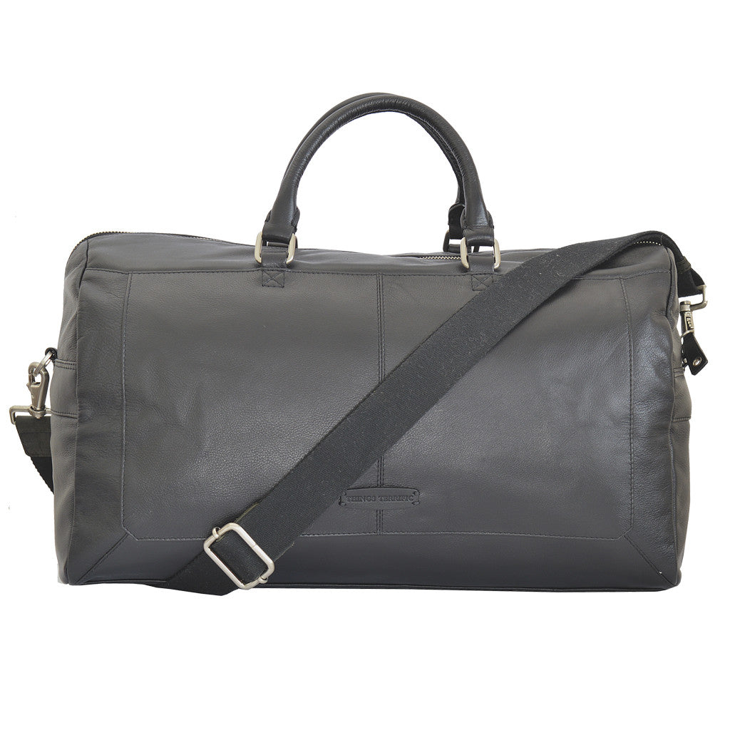 pacific travel bag in black front view