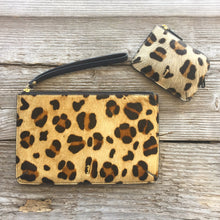 Holi Coin Purse Animal Print in use