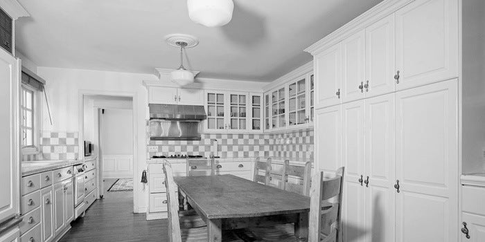 Boscutti - Orson Welles - Orson Welles' Los Angeles home kitchen table
