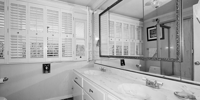 Boscutti - Orson Welles - Orson Welles' Los Angeles home master bathroom
