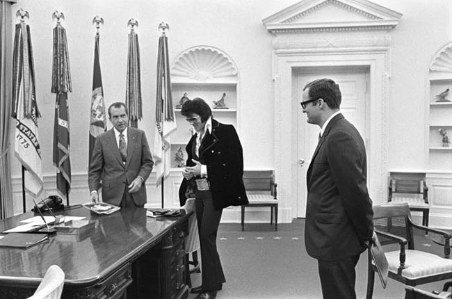 Boscutti - Elvis Presley - President Richard Nixon, Elvis Presley and White House aide Egil Krogh in the oval office