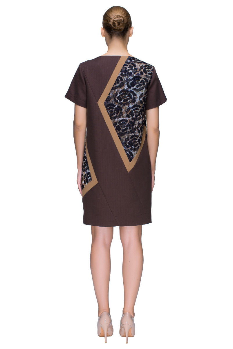 'Chocolate Chant' Detailed Short Sleeve Shift Dress