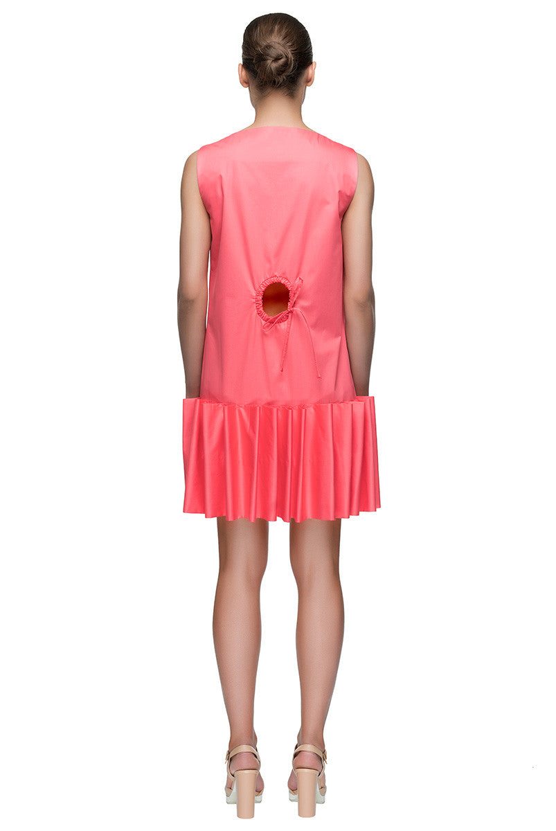 'Winking Bow' Round Neck Sleeveless Short Pink Dress