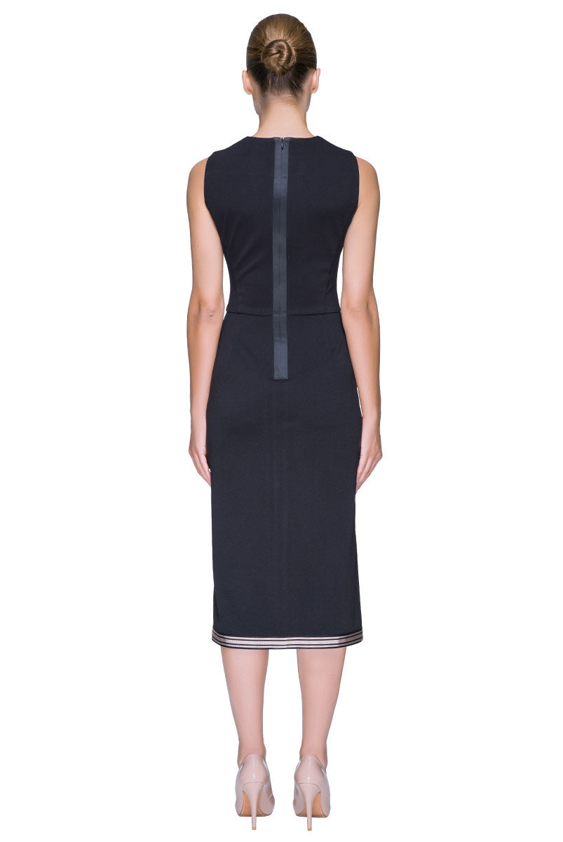 'Posh Rush' Front Slit, Sleeveless Black Dress