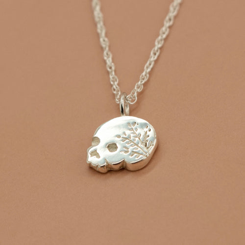'Mania' Wreath Engraved Skull & Rope Necklace (Silver, Rose/Yellow Gold Vermeil or Solid Gold) - Necklace The Serpents Club