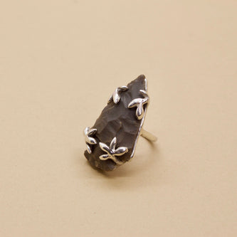 Sorrel Ring - Grey Agate in Brass or Silver - Ring The Serpents Club