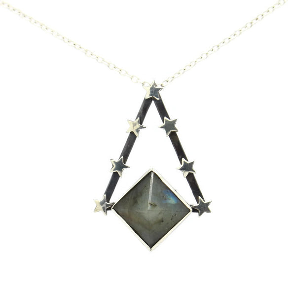 Pendulum Necklace - Labradorite - Necklace The Serpents Club